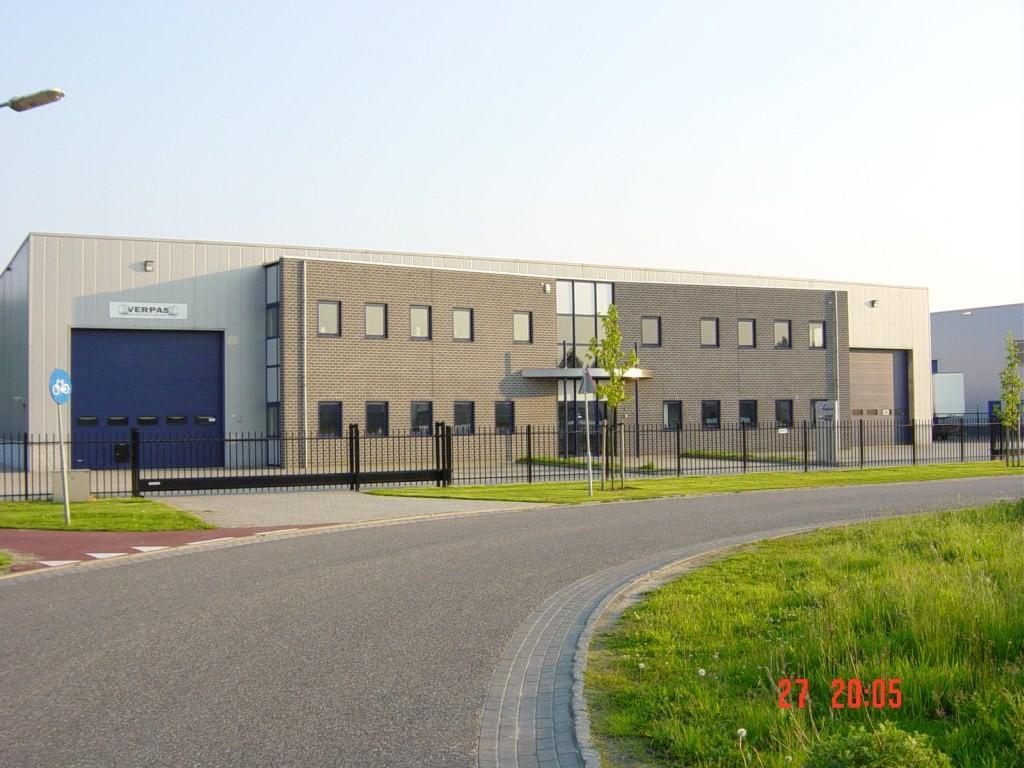 Kantoorgebouw en fabriekshal Verpas Deurne